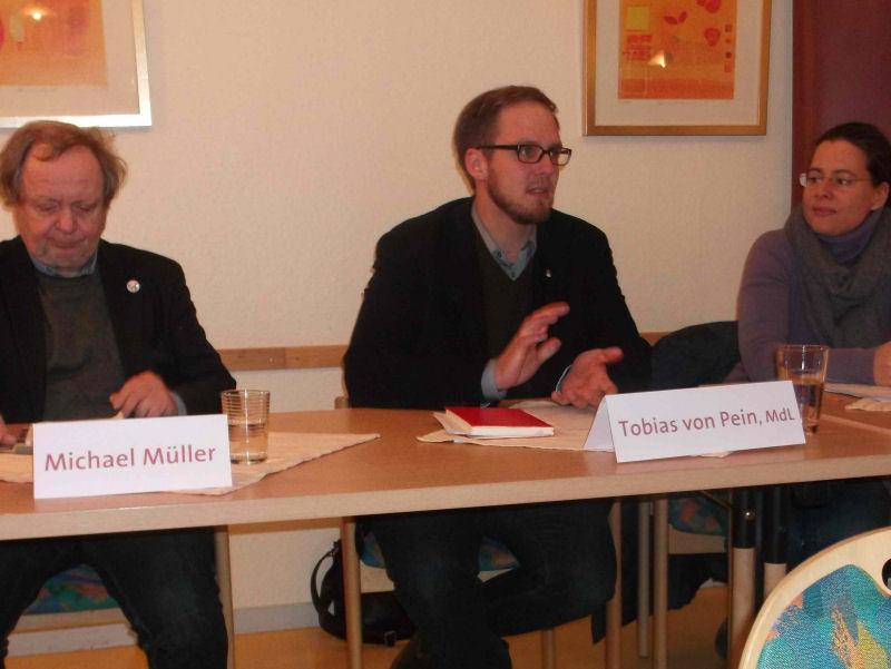 v.l.n.r. Michael Müller, Tobias von Pein, Nina Scheer