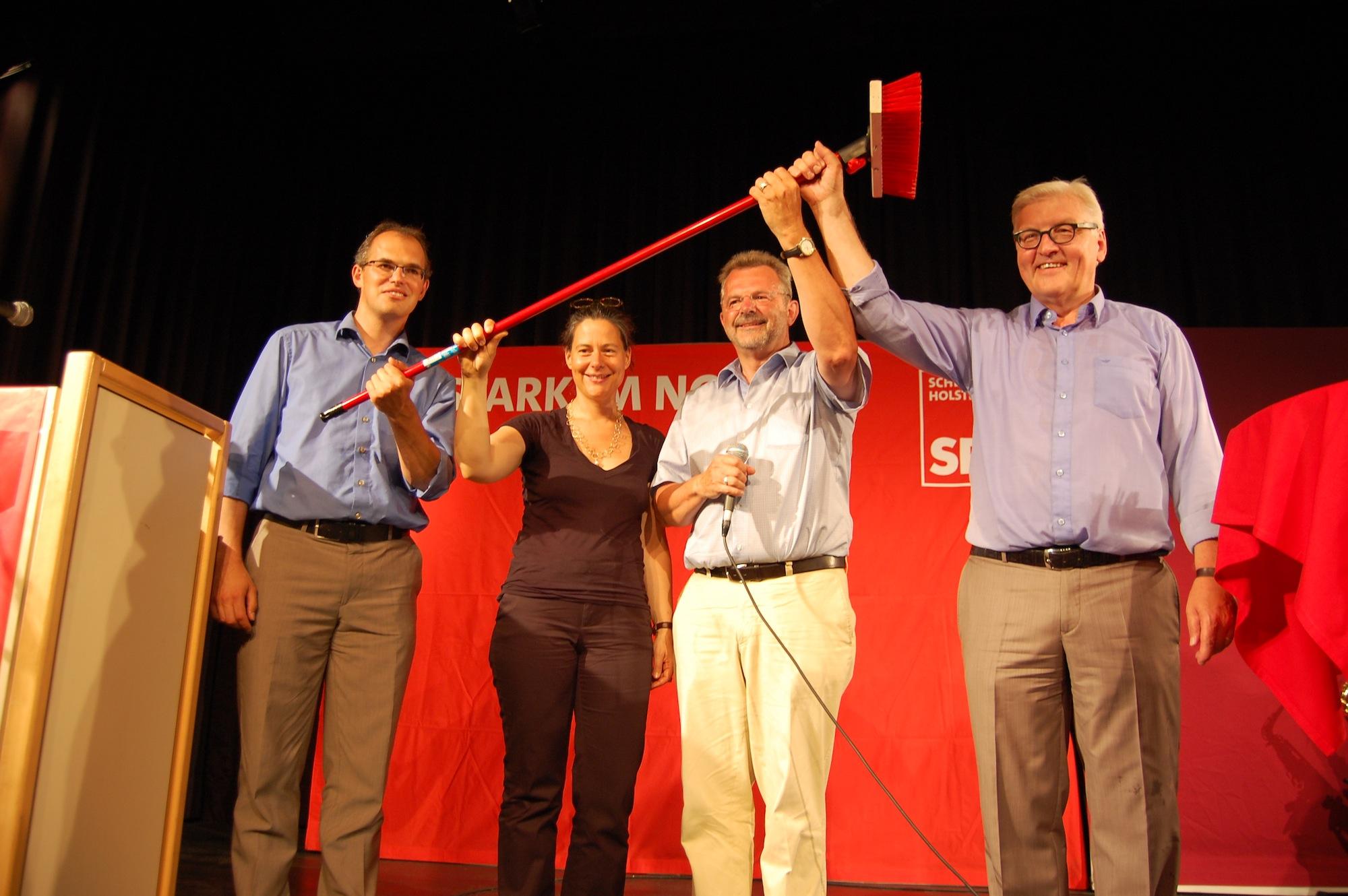 v.l.n.r.: Christian Carstensen, Nina Scheer, Franz Thönnes, Frank-Walter Steinmeier