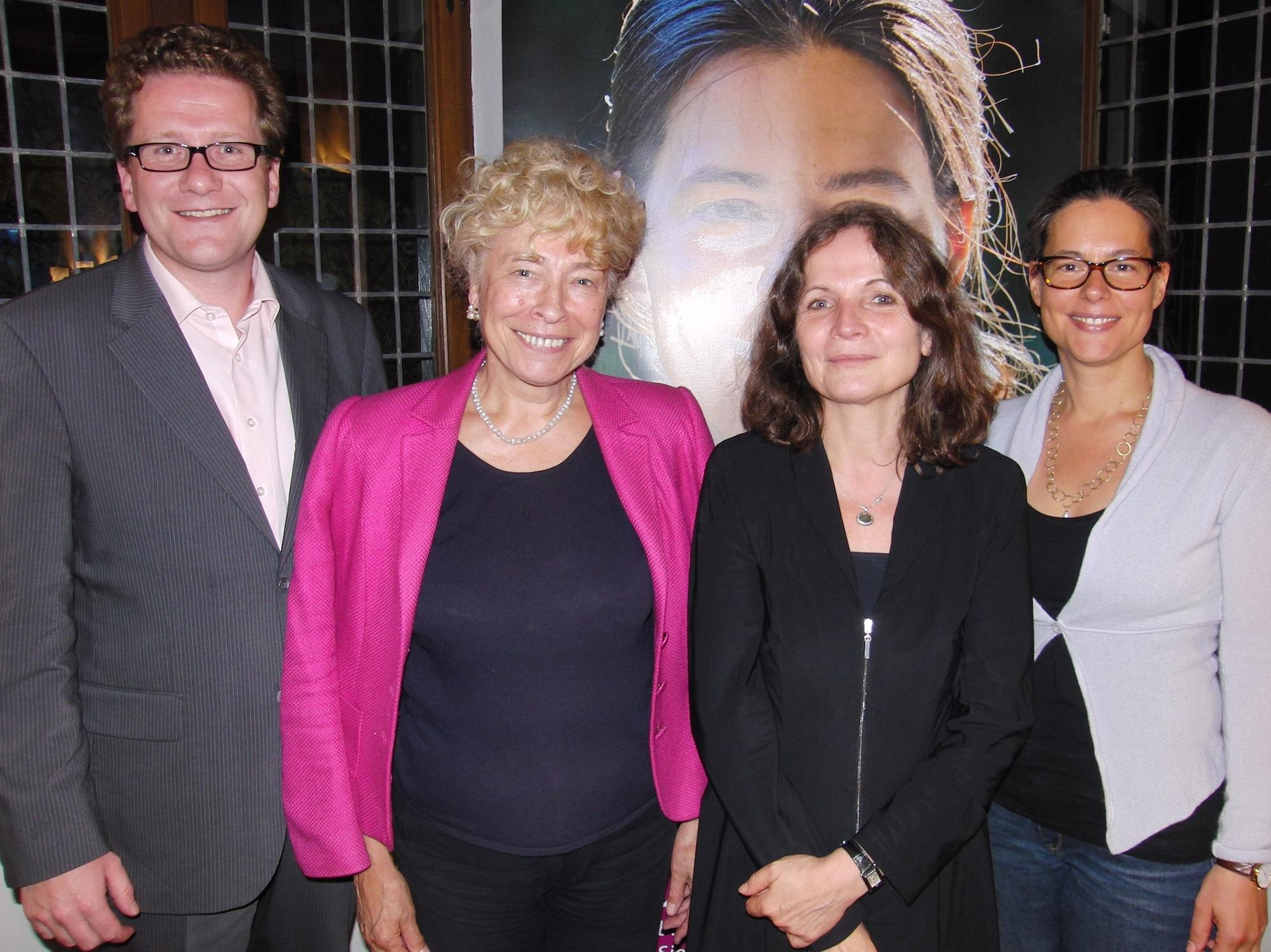 v.l.n.r.: Martin Habersaat, Gesine Schwan, Wara Wende, Nina Scheer